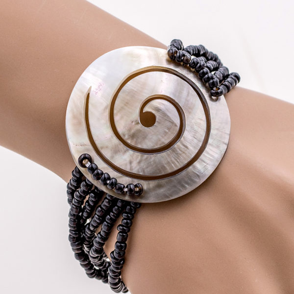 shell bracelet, beach jewelry